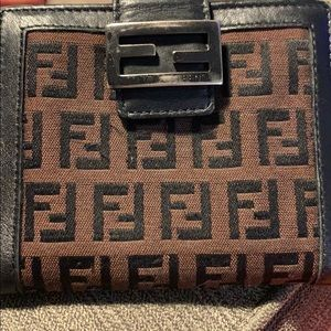 Fendi authentic wallet